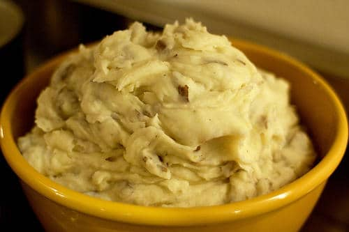 Un beau plat de mashed potatoes